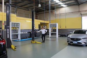 Service Dealer Auto Hoists Installed BendPak